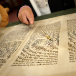 Correcting the Torah reader: mitzvot in collision